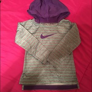 Nike Hoodie 4t